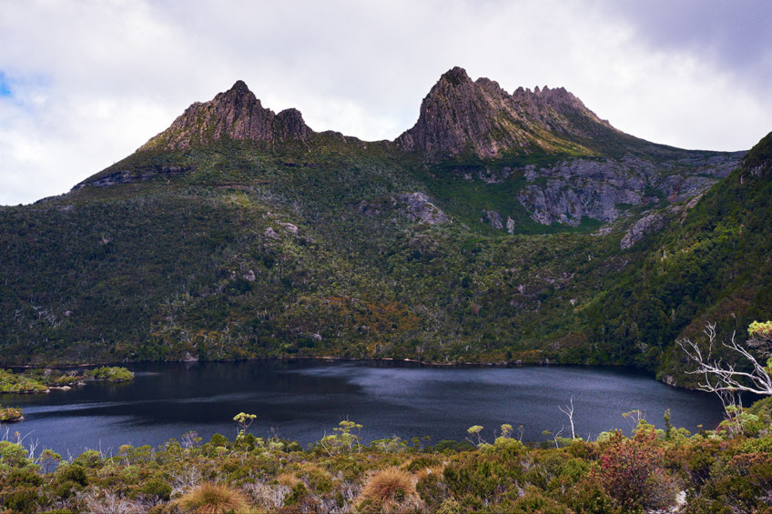 Beautiful Cradle Mountain and the Tasmanian Wilderness