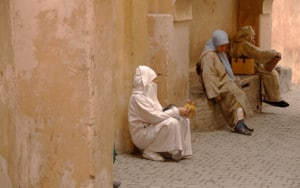 lesterlost-travel-morocco-haggling-best-guide-tangier-sitting-bench-thierry-mignon