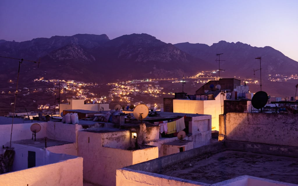 lesterlost-travel-morocco-tetouan-best-street-photography-dusk-rif-mountains-thierry-mignon